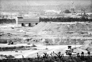 Panorámica de la mina Peñasquito, en el municipio de Mazapil, Zacatecas, donde la empresa canadiense Golden Corp., prevé extraer 13 millones de onzas de oro en 19 añosFoto Alfredo Valadez Rodríguez