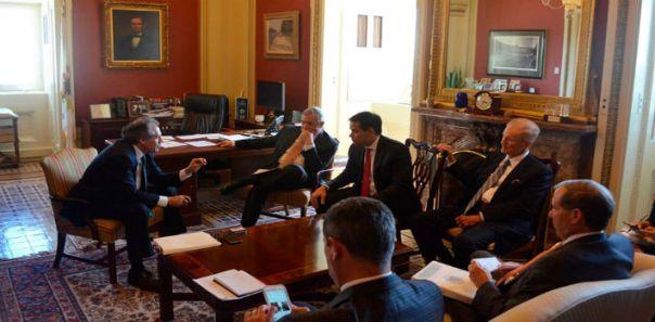 Almagro y sus amigos legisladores