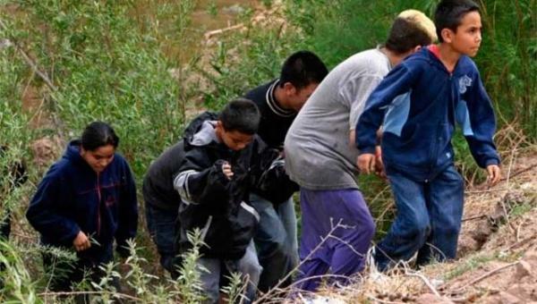 La situación de los menores en la ruta hacia Estados Unidos es cada vez más dramática. | Foto: Hebdo Latino
