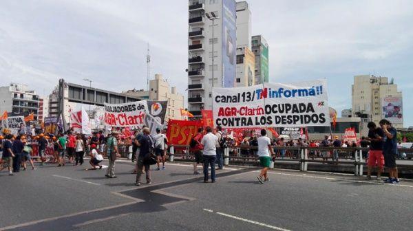 protestas_clarin_27-01-2017_presaizquierda-jpg_1718483347
