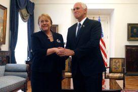 16 de Mayo de 2017/SANTIAGO La Presidenta de la República, Michelle Bachelet, sostiene reunión con el Vice Presidente de los Estados Unidos de América, Michael Pence. FOTO:CRISTOBAL ESCOBAR/AGENCIAUNO