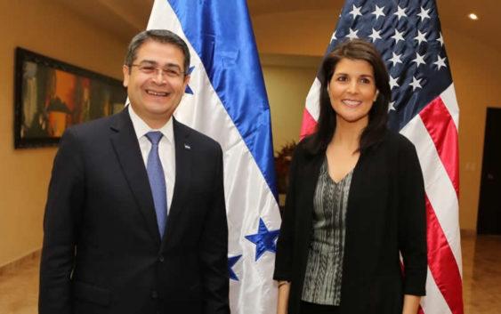 Juan-Orlando-Hernández-y-Nikki-Haley-Foto-Presidencia-de-Honduras-2-563x353