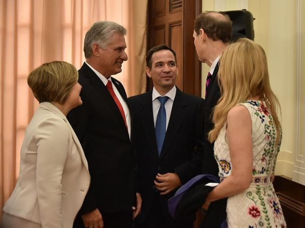 Miguel-Díaz-Canel-se-reúne-con-congresistas-de-Estados-Unidos-2